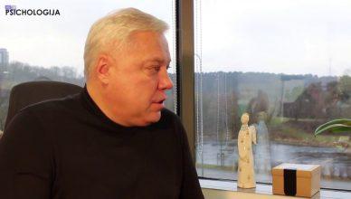 Vyro-kryptis-su-Dariumi-Slavinsku-S02E01